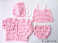 633df356b17 Comprar ropa bebé hecha a mano en lana online •